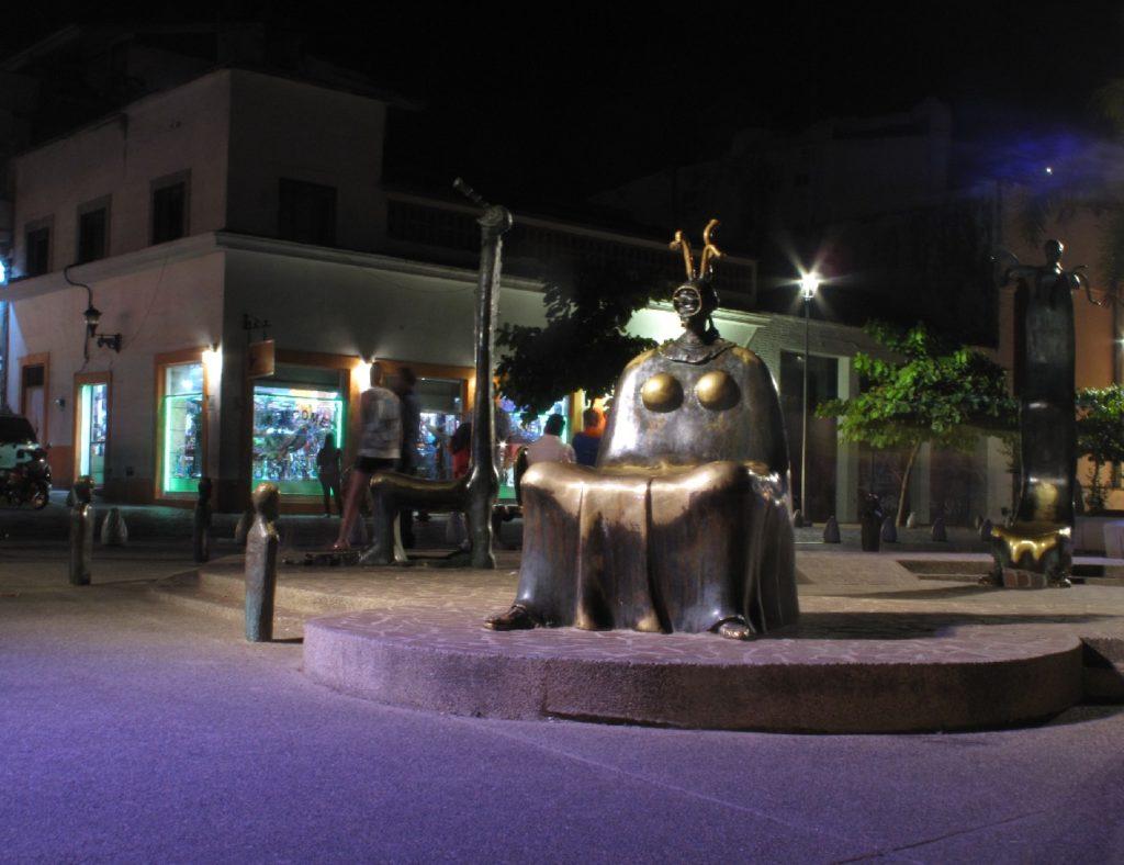 Art Sculptures On The Malencon
